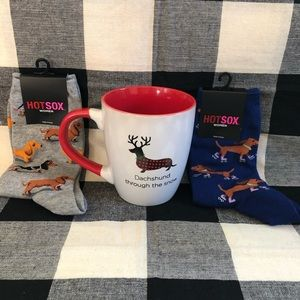 🎄Christmas dachshund through the snow mug & socks